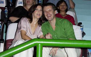 Federico y Mary de Dinamarca vibran con los Rolling Stones