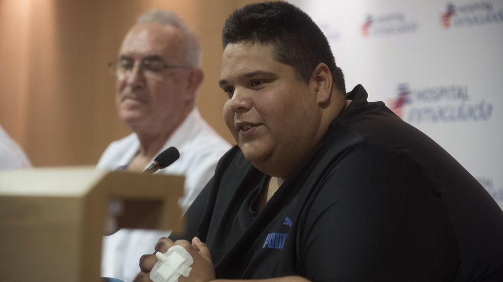 Foto: Juan Manuel Heredia antes de someterse a la operación. (EFE)