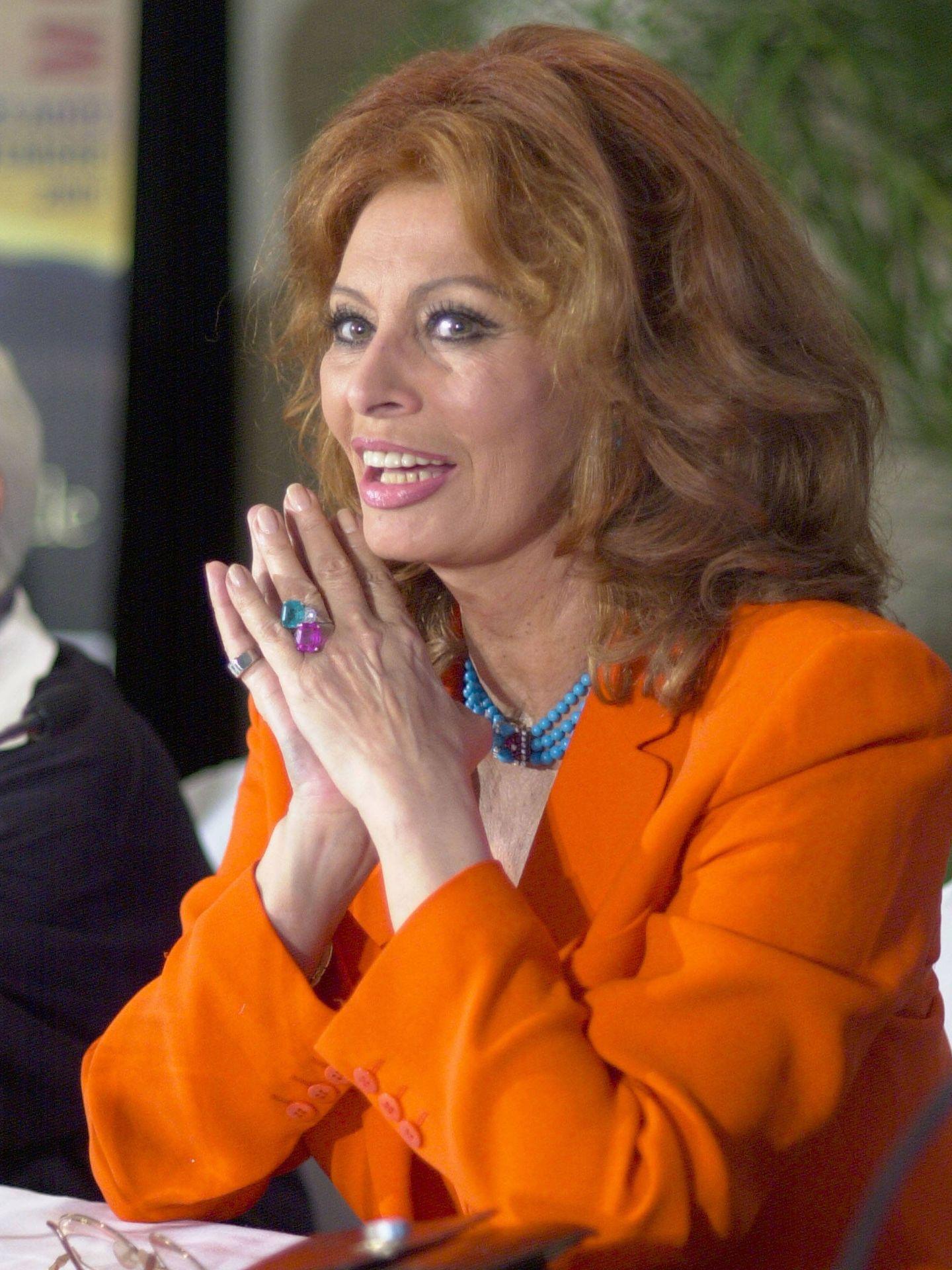 Las manos siempre perfectas de Sophia Loren. (Getty)