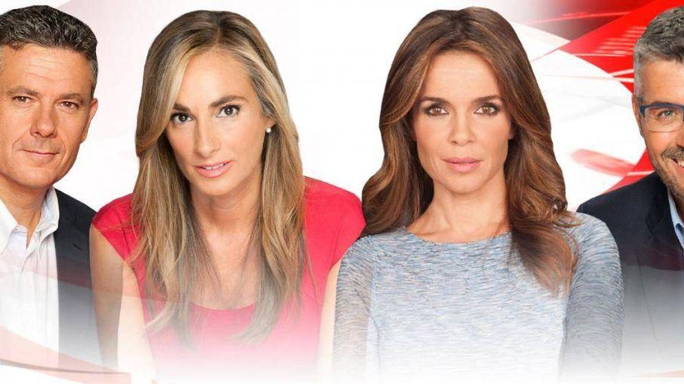 Foto: Presentadores de 'Noticias Cuatro'. (Mediaset)