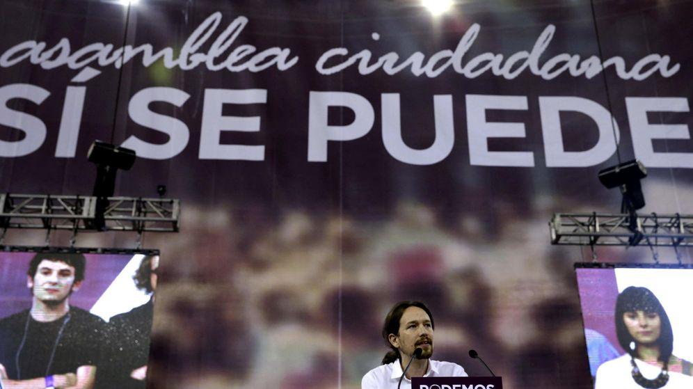 Foto: El líder de Podemos, Pablo Iglesias, interviene en la asamblea constituyente del partido en Vistalegre. (EFE)
