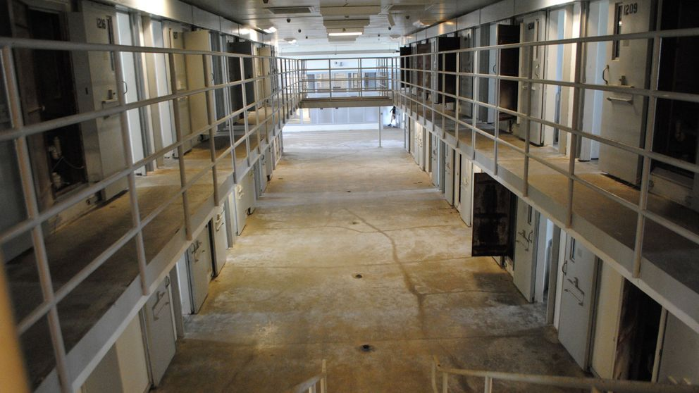 La cárcel de Picassent gastó 7.600€ en boxeo para presos y retiró los cursos al personal