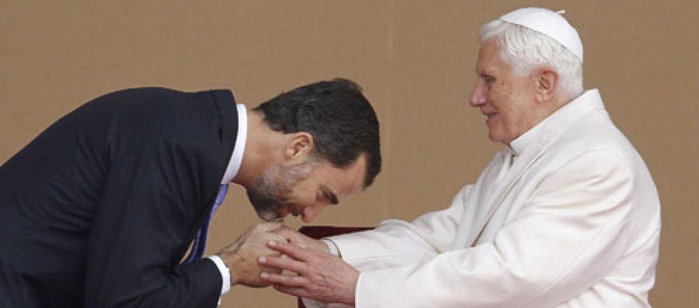 """Foto: El Papa alerta de un """"anticlericalismo"""" que equipara al de la II República"""