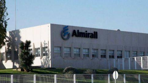 La farmacéutica Almirall cae un 20% en Bolsa tras rebajar sus previsiones financieras