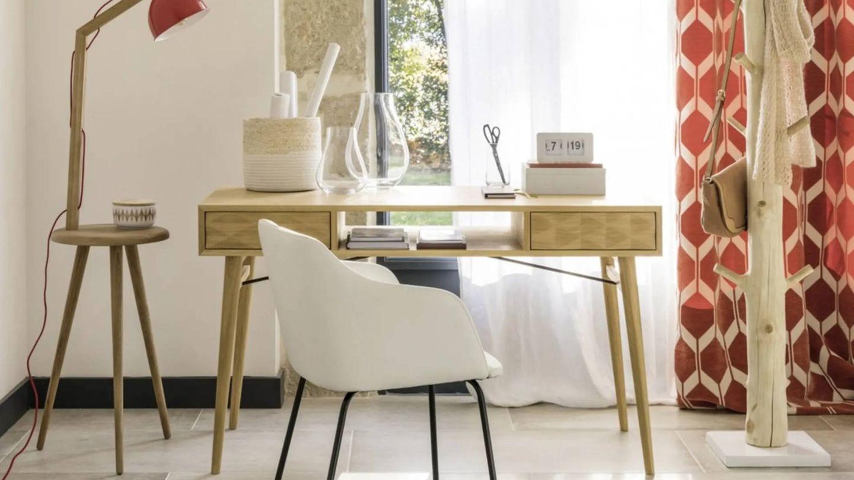 Busca la mejor silla para tu despacho, como esta de Maisons du Monde. (Cortesía)