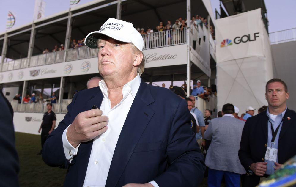 Foto: El candidato a la nominación republicana durante una entrega de premios en un campeonato de golf en Miamí (Reuters).
