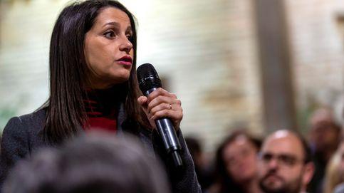 Cs busca un pacto antitránsfugas con PSOE y PP tras el caso de Santa Cruz