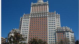 Los chinos copiamos muy bien, yo te hago una copia exacta del Edificio España