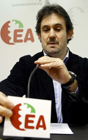 Batasuna garantiza a sus aliados del 'polo soberanista' que responderá a ETA si atenta