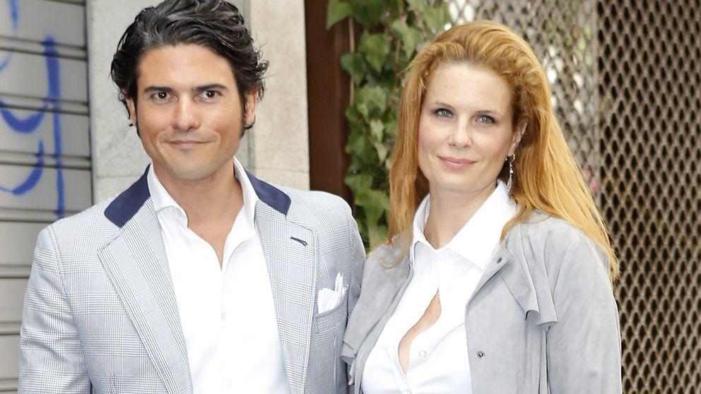 Olivia de Borbón y Julián Porras: la boda de los reencuentros