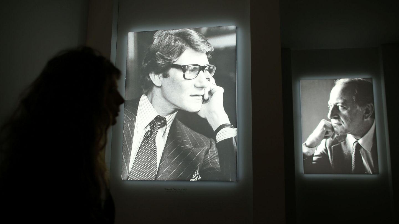 Yves Saint Laurent y Pierre Bergé, en el Yves Saint Laurent Museum de París. (Reuters)