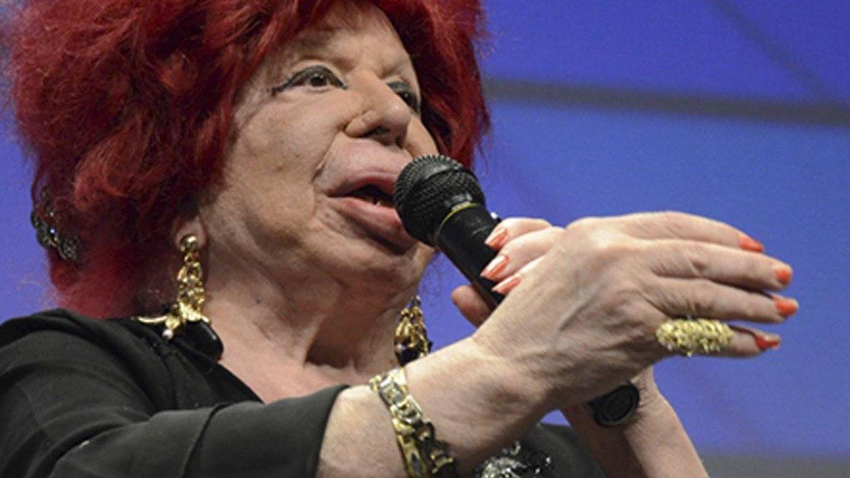 Carmen de Mairena, en una aparición en televisión.