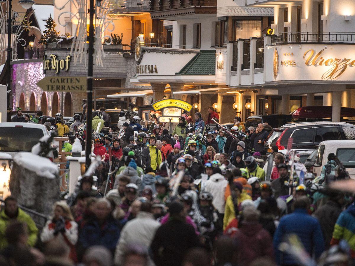 Foto: Austria puso en cuarentena sus áreas turísticas por el coronavirus. (EFE)