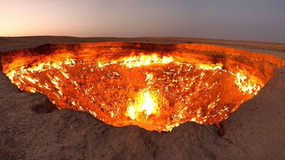Así es la 'Puerta del Infierno', el pozo que lleva ardiendo medio siglo sin parar