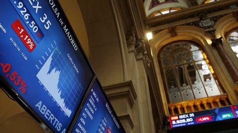El Ibex se hunde más del 3% y pierde los 8.500 puntos con la política acechando