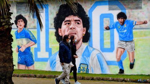 Protestas en Kiev y homenaje a Maradona en Nápoles: el día en fotos