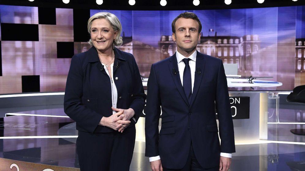 Foto: Emmanuel Macron y Marine Le Pen antes del debate. (Reuters)
