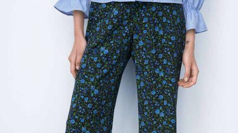 El pantalón de flores de Zara que adoran las expertas de moda
