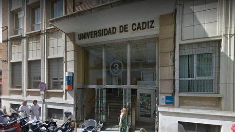 Detenidos dos profesores universitarios por desviar fondos para pagarse un chalet