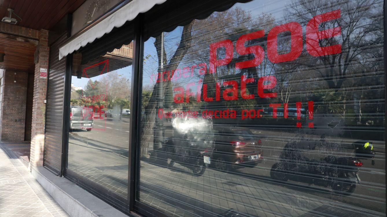 El PSOE abre una guerra contra la sede fantasma de los sanchistas de la calle Ferraz