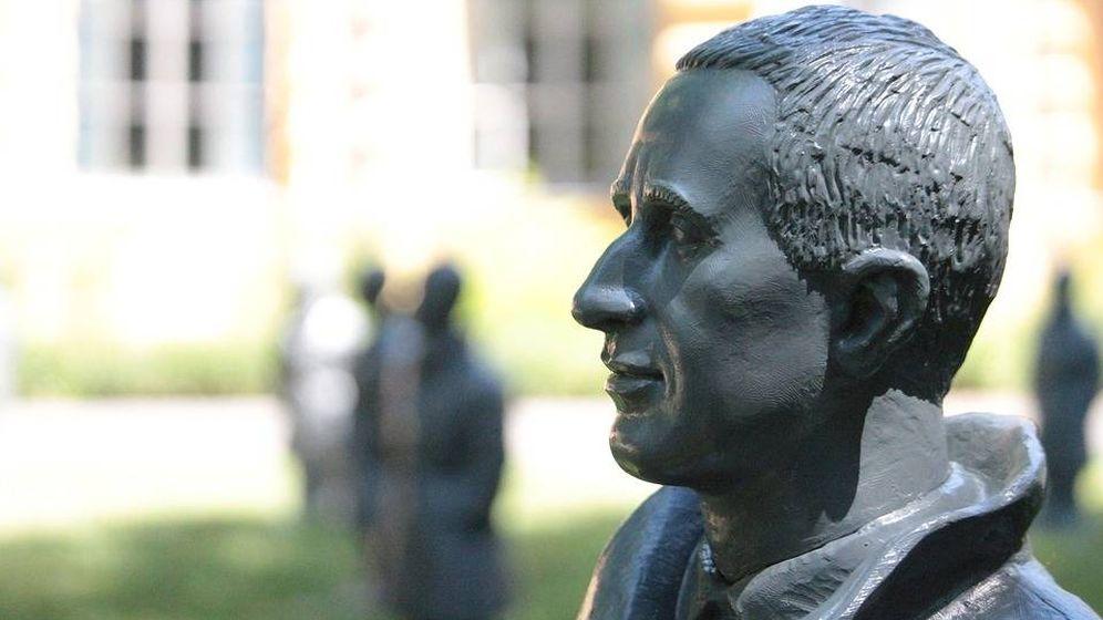 Foto: Estatua de Bertolt Brecht