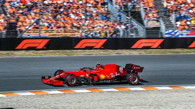 Sainz busca colarse entre los 5 primeros. (Reuters)