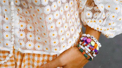 Guarda las conchas, se llevan las joyas de cuentas de colores. Palabra de Instagram
