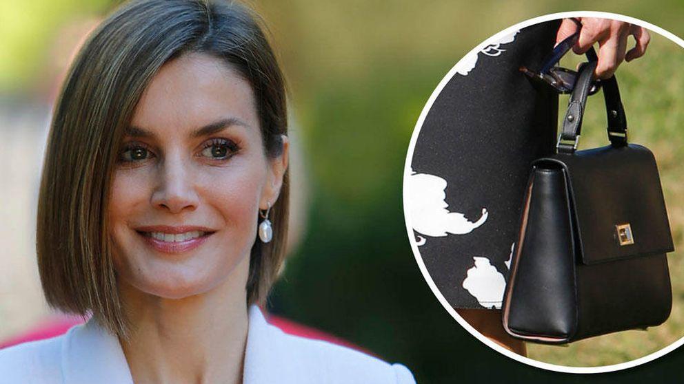 Doña Letizia, puro clasicismo con un bolso a lo Jackie O de 1.100 euros