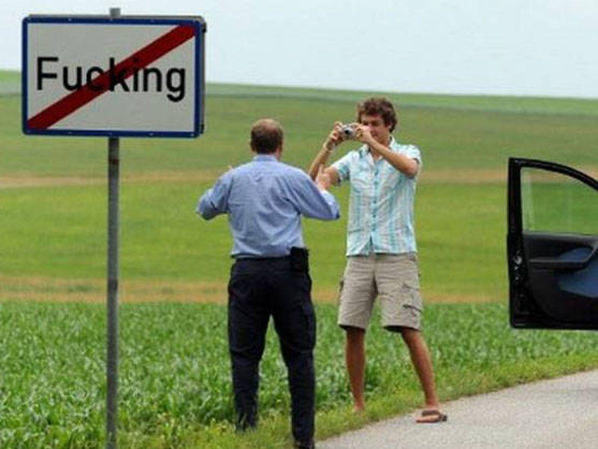 Foto: En Fucking estaban cansados del robo de señales (Foto: Twitter)