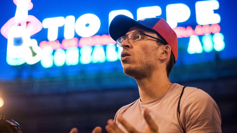 Antichavistas en Madrid: así son los activistas 'mimados' por la política española
