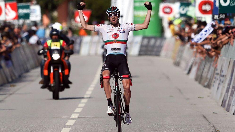 Foto: Domingo Gonçalves, en 2018 tras ganar una etapa en la Vuelta a Portugal. (EFE)