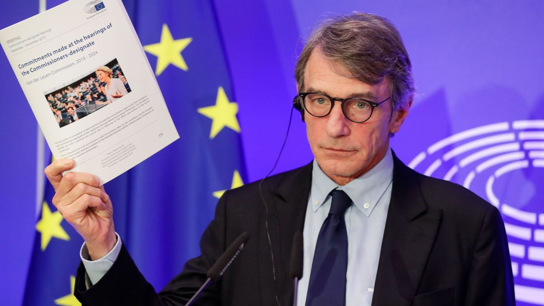 Puigdemont y Comín piden a la Eurocámara ocupar ya su escaño y Sassoli se lo niega