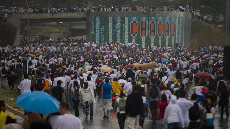 Manifestación en Caracas tras entregarse López (Efe).