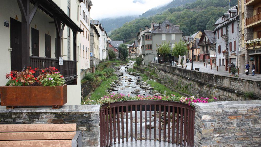 Refer ndum catalu a 1 o el derecho a decidir del valle de - Inmobiliarias valle de aran ...