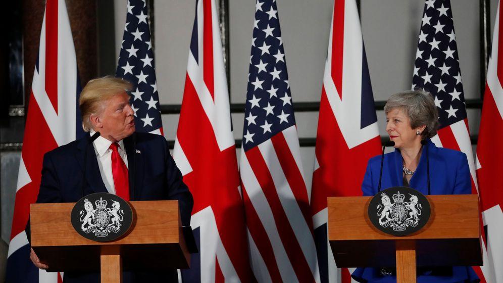 Foto: Donald Trump y Theresa May durante una rueda de prensa en Reino Unido. (Reuters)