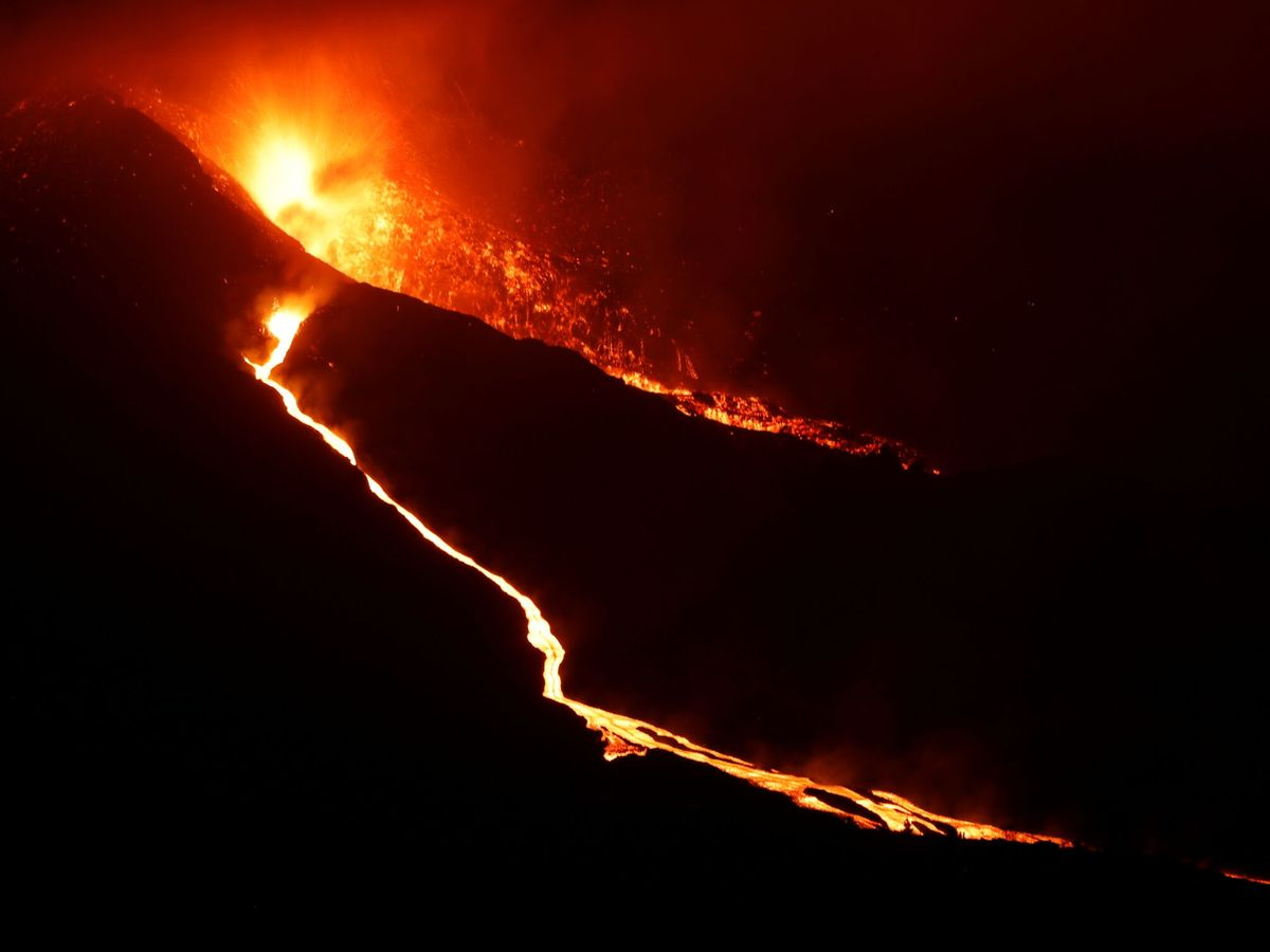 Foto: Imagen de la erupción. (Reuters)