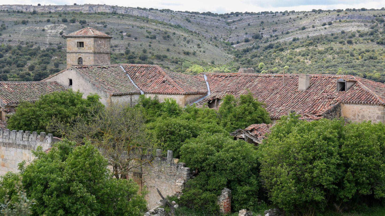 Vista de La Monjía, con varios boquetes en el tejado. (D.B.)