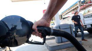 No se preocupe por el precio de la gasolina: volverá a caer (y pronto)