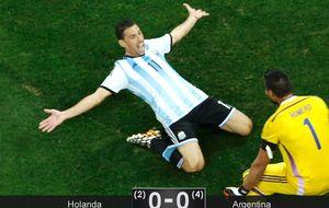 Romero hace de Krul y Argentina vuelve a una final 24 años después