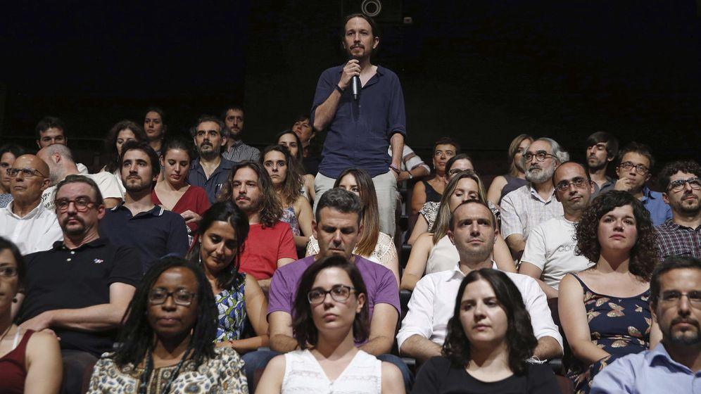 Foto: Pablo Iglesias, durante la presentación de la candidatura de su equipo a las primarias del partido. (EFE)