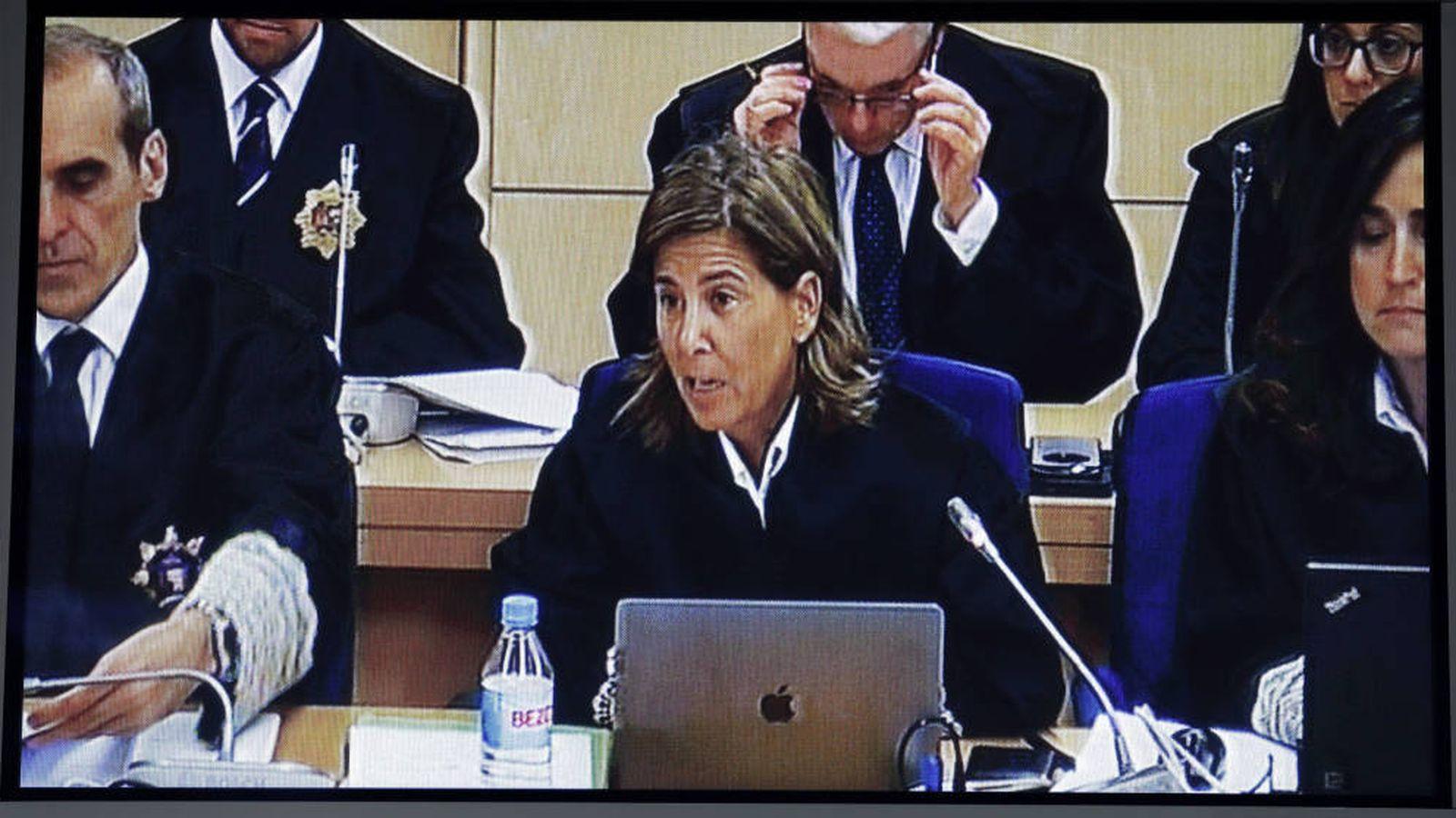 Foto: Imagen del monitor de la sala de prensa de la Audiencia Nacional de San Fernando de Henares de la fiscal Concepción Sabadell. (EFE)