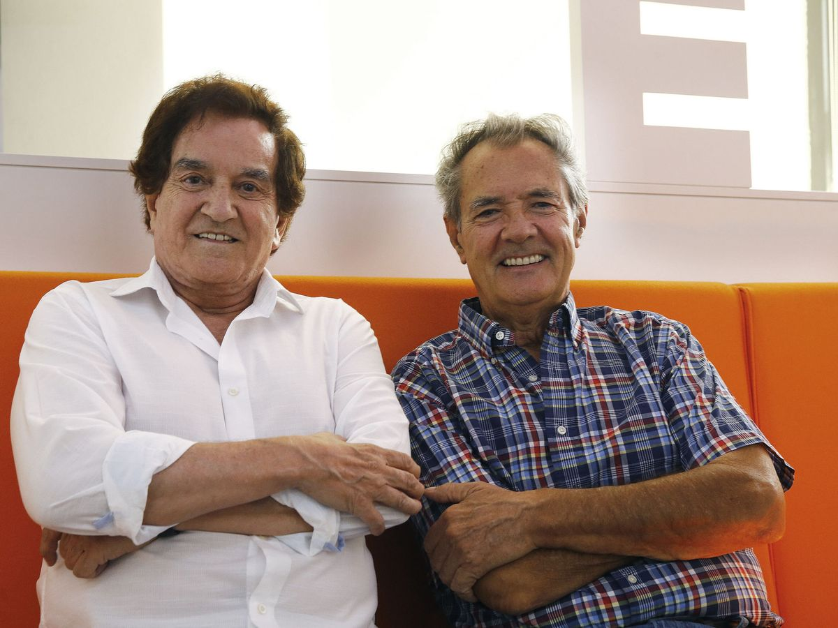 Foto: Manolo de la Calva (izq.) y Ramón Arcusa (dcha.), el Dúo Dinámico. (EFE)