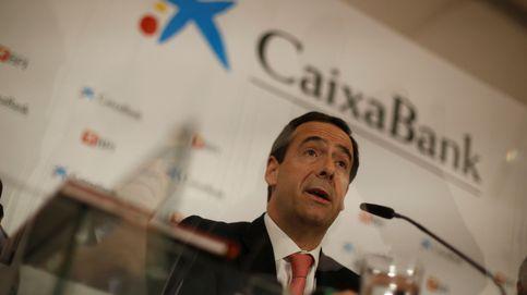 CaixaBank gana 403 millones hasta marzo, un 48% más, tras integrar BPI