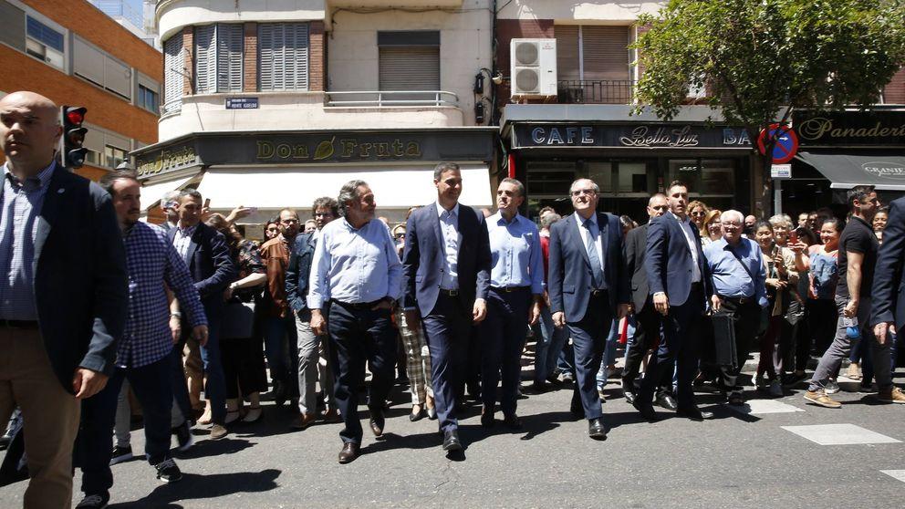 El PSOE pasea a Sánchez por España y ya convoca mítines en plazas de toros