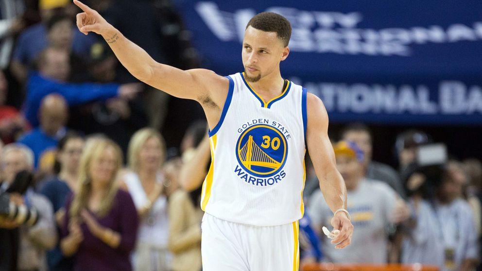 Curry se viste de héroe para empatar la histórica marca de los Bulls de Jordan
