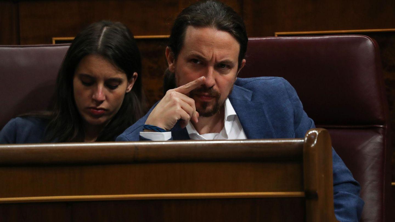 Pablo Iglesias e Irene Montero en el Congreso. (Reuters)