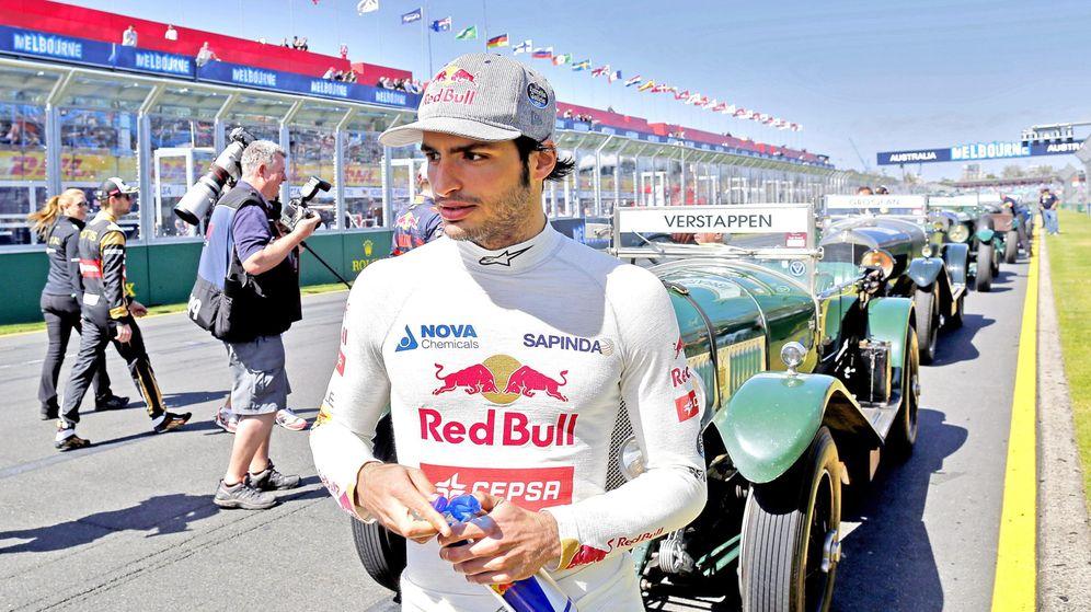 Foto: Carlos Sainz, antes de disputar el GP de Australia (Reuters).