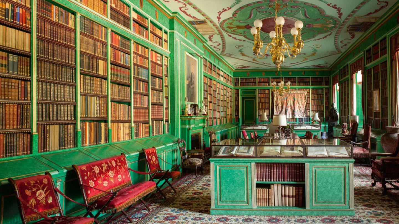 Imagen de la biblioteca del palacio de Liria