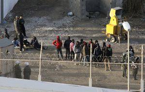España paga 500 dólares a inmigrantes por retornar