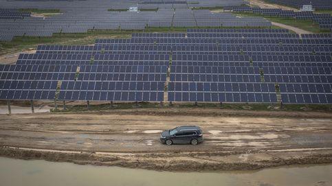 Las renovables se vengan de la banca y elevan el pulso judicial tras la multa de la CNMC